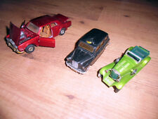LOT ANCIENNE VOITURES EN FER CORGI/ MATCHBOX /COLLECTION/DECORATION