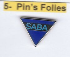 Pinsfolies *** Pin's Badge Arthus Bertrand  Saba
