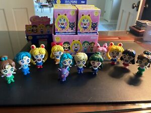 Mystery Minis Sailor Moon Series 1 Mini Figure Case of 12 Funko Opened