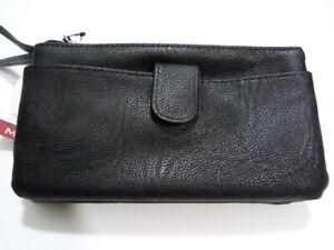 "NWT* Mundi ""stuff it"" wallet wristlet black w/3 compartments + front pocket"