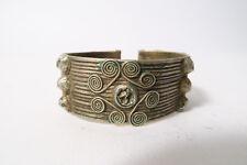 Alter silbener Reif Fon Spiraldekor old silver bracelet Benin Afrozip