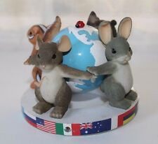 Charming Tails Friends Around The World 9/11 Figurine Fitz Floyd Ltd Ed 98/203