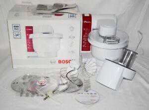 Bosch MUM 4 48010DE Küchenmaschine mit Schnitzelwerk 600 W weiß rot fast neu