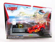 Disney Pixar Cars 2 Lightning McQueen Pit Stop 1:55 Autos Modellautoi Neu OVP