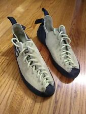 Mad rock climbing shoes Womens Us 5
