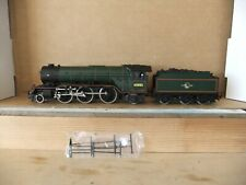 Bachman Class V2 2-6-2 loco 60885 (renumbered) BR Lined Green, Boxed