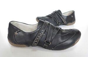 Ladies CLARKS Black Slip-on Comfort Shoes Size UK 6.5 D Exc Cond