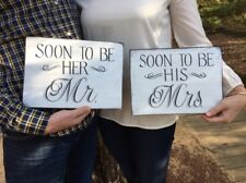 wedding signs / wedding decor / Mr & Mrs sign / bridal gift / shower gift / gift