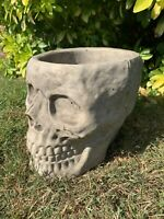 STONE GARDEN LARGE GOTHIC SKULL PLANTER PLANT POT CONCRETE ORNAMENT
