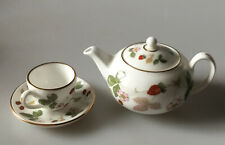 MINIATURE WEDGWOOD WILD STRAWBERRY TEAPOT AND CUP SAUCER - Excellent Condition