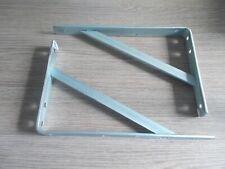 Lot de 2 équerres renforcées grises 300 x 200 mm.