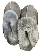 Kirkland Signature Ladies Shearling Grey Slipper Size 7 Genuine Sheepskin USED