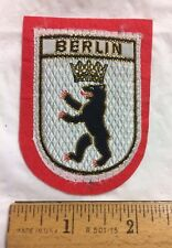 BERLIN Germany Coat of Arms Crest Bear Crown Souvenir Felt Woven Patch Badge