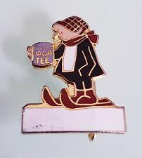 Vintage ANDY CAPP 'Jaga Tee' Character Metal Enamel Pin Cartoon Badge