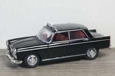 Peugeot 404 Saloon Taxi - Vitesse 1:43 *37692