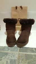 Original /ugg uggs boots size 7.5 or eu 40. Brown colour.
