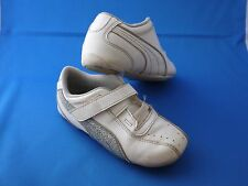 Puma Tennis shoes sneakers White and Silver Nice
