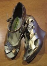 "PENNY KENNY!>Gold&Silver>4.5""Platform Wedge>Mary Janes>Size 8M>Made in Brazel>>"
