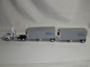 Die Cast Promotions Kenworth Sysco Doubles 1:64