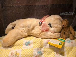 VTG GUND Kitty Cat Sleeping Stuffed Animal Plush Toy Sani Foam Tag Doll Décor 1p