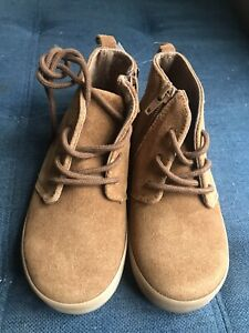 Gap Toodler Boy  rown Suede Ankle Shoes Sz 10 Toddler NWT