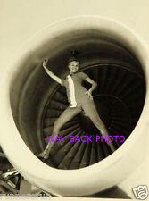 "5"" by 7"" B & W PHOTO REPRINT - PSA AIRLINES STEWARDESS - SEXY ENGINE POSE"