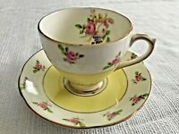 Royal Standard Tea Cup And Saucer, Pattern 242 Fine Bone China England