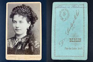 Stolze, Berlin, actrice à identifier Vintage cdv albumen print. Tirage