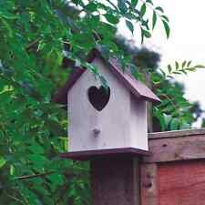 Wooden Love Heart Bird House Nesting Box For Small Wild Garden Birds (BFLOVE)