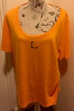 GORGEOUS AUTHENTIC LIZ CLAIBORNE DESIGNER WOMENS T-SHIRT TOP MADE IN PERU 🇵🇪