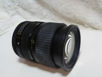 Tokina RMC 28-70mm F3.5-4.5 Manual Focus Zoom Lens - Canon FD Fit