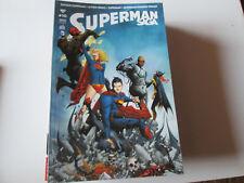 SUPERMAN SAGA  10 ..COMICS URBAN ...2014..NEUF