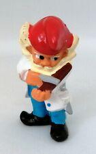 Figurine Ferrero Kinder dwarf - Nain de Jardin barbier