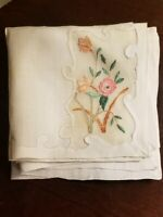 """4 UNUSED W/ labels MADEIRA HAND EMBROIDERED FLORAL PRUNIS LINEN NAPKINS 11"""" X 11"""