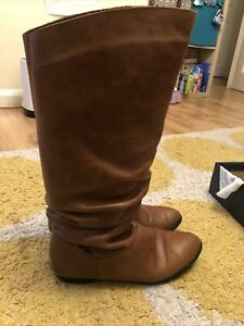 Russell & Bromley Size 7, 40 Brown Leather Calf  Boots