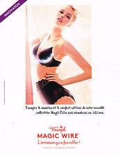 PUBLICITE ADVERTISING 124  2014   TRIUMPH  soutien gorge  MAGIC WIRE