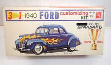 AMT 140 Ford Standard Coupe 1940 Car 3in1 Plastic Model Kit 1:25 (K82)