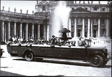 ROMA - TURISTI A PIAZZA SAN PIETRO 1930 c.a. - Ed. Intra Moenia 2005