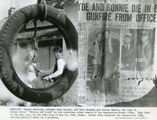 FAYE DUNAWAY WARREN BEATTY  BONNIE AND CLYDE  1967 VINTAGE PHOTO ORIGINAL #2