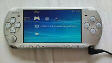 Sony PSP 3004 PlayStation Portable Argent metalique silver ne lit pas UMD