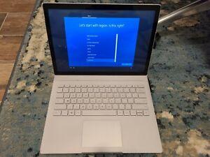 Microsoft Surface Book 13.5 inch (1TB, Intel Core i7 6th Gen., 2.6GHz, 16GB)