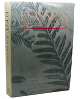 V. Turek FOSSILS OF THE WORLD  1st Edition 1st Printing