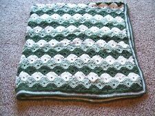 Pretty crochet handmade Shell 64x62 afghan blanket green+soft white