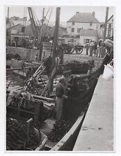 PHOTO Pêche Filet Pêcheur Vers 1950 Bateau de Béret port Bretagne ? Quai