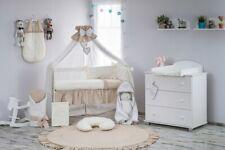 Babybett Tany mit 10-tlg Komplett-Set Bettwäsche Matratze Nestchen Cremig Caffee