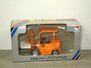 Forklift TCM FG25 - Shinsei 1:50 in Box *50816