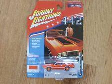 JOHNNY LIGHTNING 64th '70 Olds Cutlass