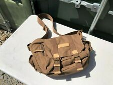 NEW Caden Padded Canvas Camera Bag Zipped