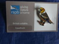RSPB GNaH hawfinch Metal Pin Badge on  FR Card