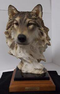 Mill Creek Studios - 7037 Renaissance - Wolf Sculpture - Randall Reading
